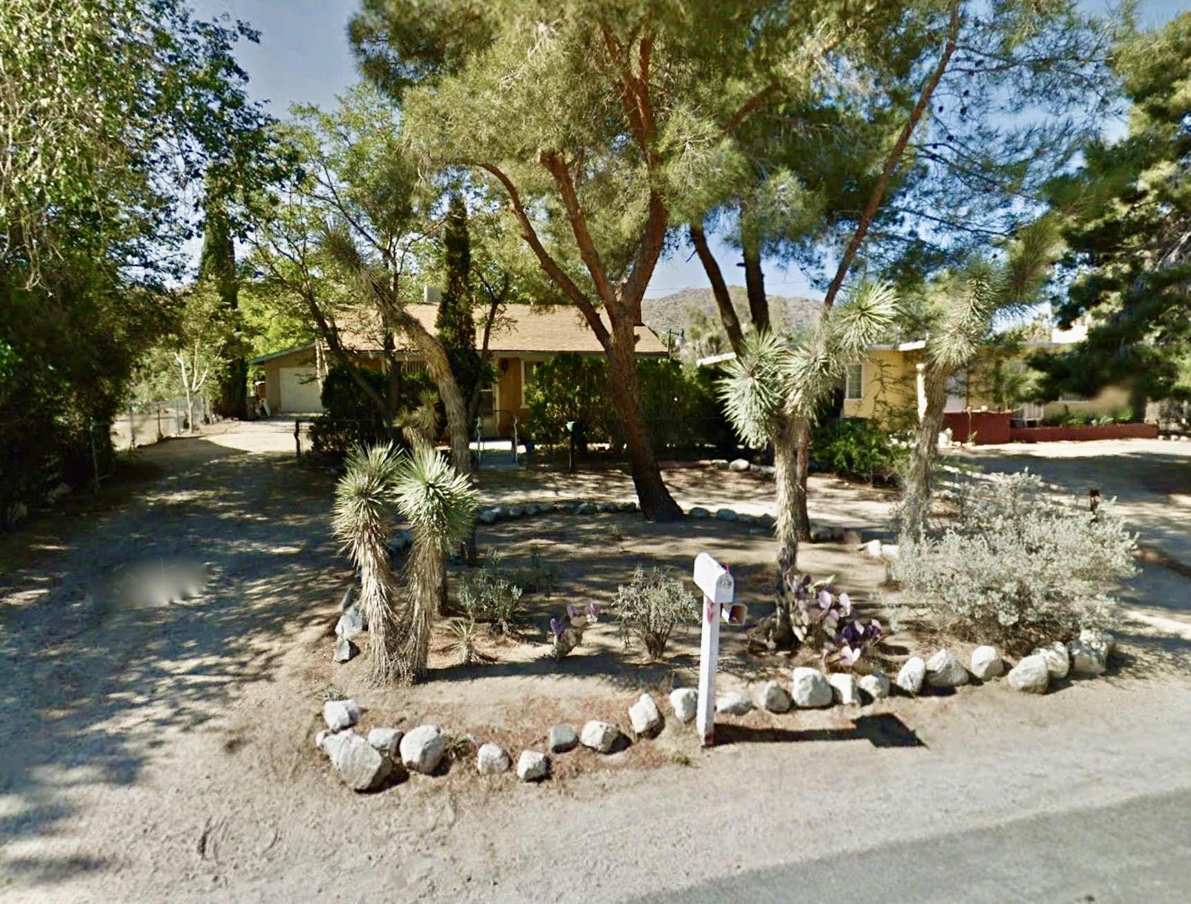 55373 Navajo Trail, Yucca Valley CA 92284
